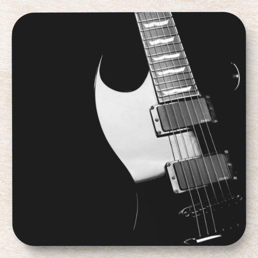 Ensemble noir de caboteur de guitare électrique sous-bocks
