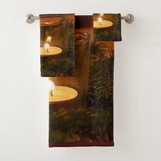 Ensemble votif de serviette de bougie et de salle