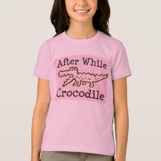 Ensuite tandis que crocodile t-shirt