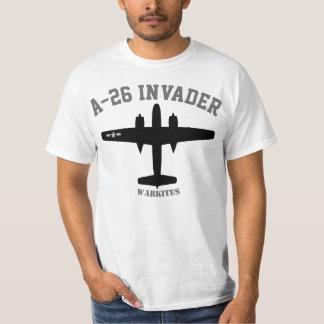 Envahisseur de Warkites A-26 T-shirt