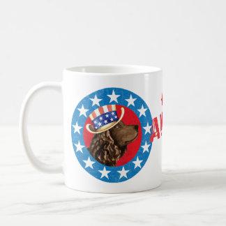 Épagneul d'eau américaine patriotique mug