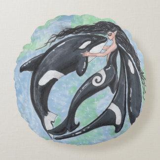 Épaulard de lutin de Faery d'orque Yin Yang Coussins Ronds