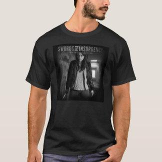 Épées de base du B&W des hommes de T-shirt