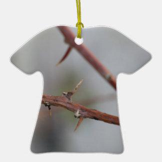 Épines Ornement T-shirt En Céramique