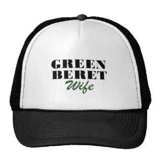 Épouse de béret vert casquette