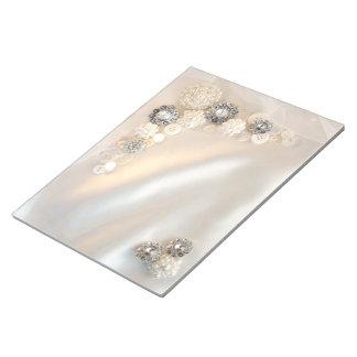 Épouser blanc de boutons de perle et de diamant bloc-note