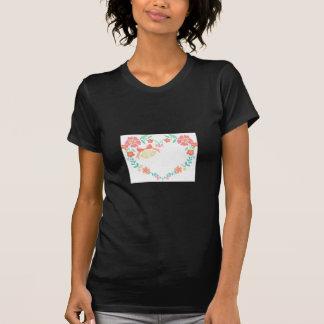 Épouser la conception florale t-shirts