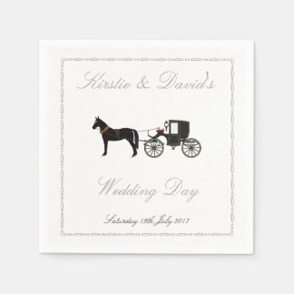 Épouser la serviette de papier avec le cheval et serviette jetable