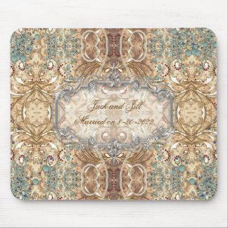 Épouser le style victorien de conception fleurie d tapis de souris