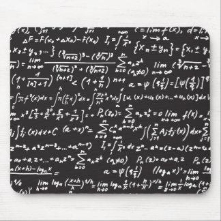 Équations de maths de tableau noir tapis de souris