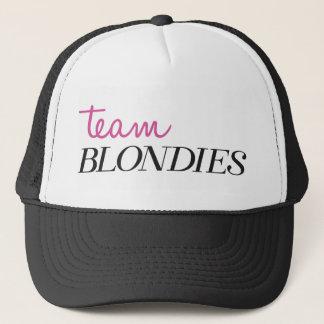 Équipe Blondies de casquette
