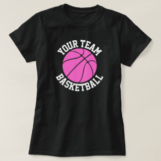 Équipe de basket, joueur et tee - shirt roses de t-shirt