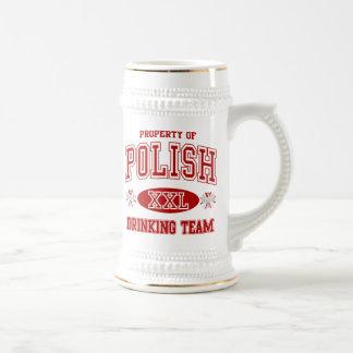 Équipe potable polonaise chope à bière