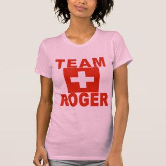 Équipe Roger avec le drapeau suisse T-shirt