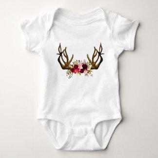 Équipement sauvage de bébé de séjour body
