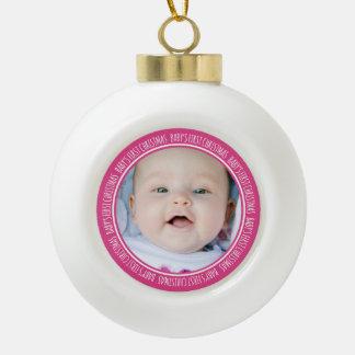 Ęr rose d'ornement de Noël du bébé fait sur comman Boule En Céramique