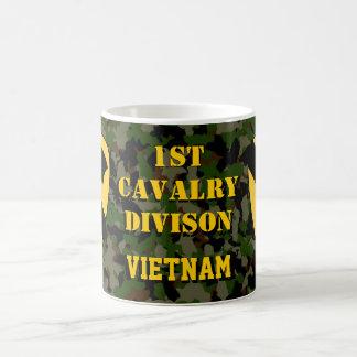 ęr Tasse de café verte de Camo Vietnam de Division