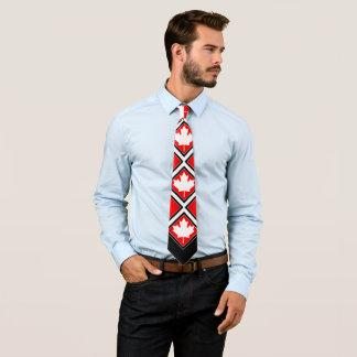 Érable canadien sur le blanc noir rouge cravates