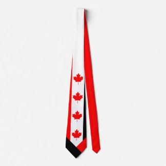 Érable canadien sur le noir blanc rouge cravates