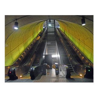 Escalators 001 de station de métro de Rosslyn Carte Postale
