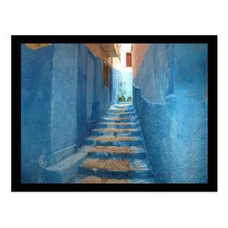 Escalier bleu étroit au Maroc Carte Postale