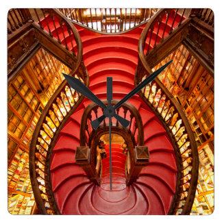 Escalier rouge fleuri, Portugal Horloge Carrée