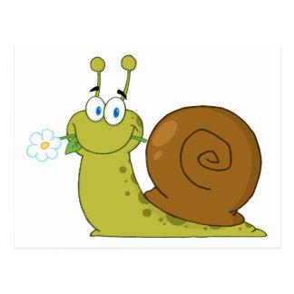Escargot avec une fleur dans sa bouche carte postale