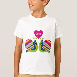 Escargots dans l'amour - escargots rayés de t-shirt