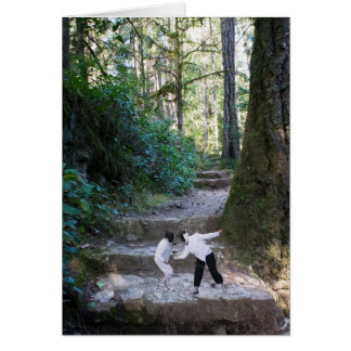 Escrimeurs dans la forêt (carte) carte de vœux