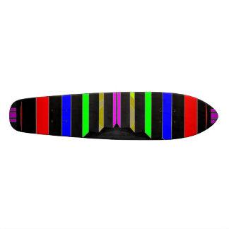 Étape et ÉTAPES : Rayures colorées de beauté Skateboard 19,7 Cm