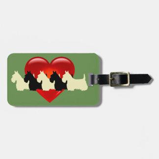 Étiquette À Bagage Chien de Terrier d'écossais, coeur rouge, vert de