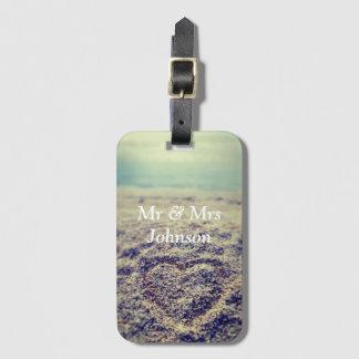 Étiquette À Bagage Coeur dans M. de sable et Mme luggage tag pour des