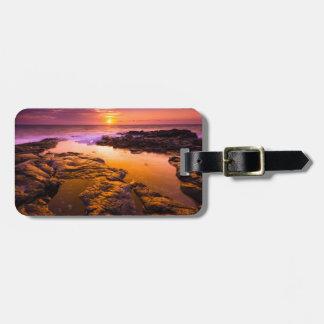 Étiquette À Bagage Coucher du soleil au-dessus des piscines de marée,