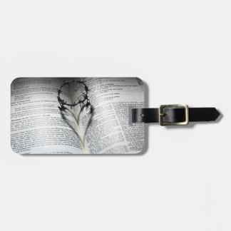 Étiquette À Bagage Couronne des épines coeur et bible