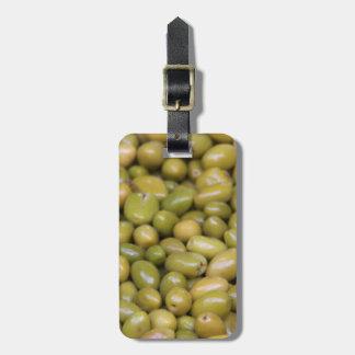 Étiquette À Bagage Fermez-vous des olives vertes