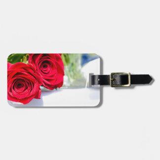 Étiquette À Bagage Fin de bouquet de rose rouge vers le haut