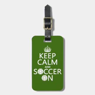 Étiquette À Bagage Gardez le calme et le football dessus