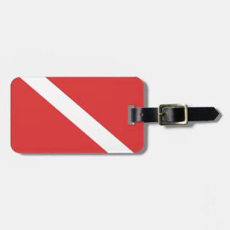 Étiquette À Bagage Le drapeau blanc rouge du plongeur de logo de