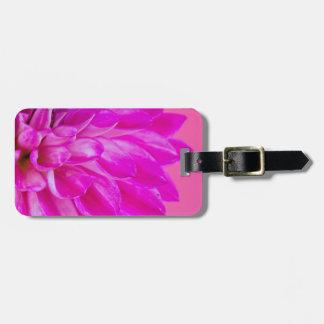 Étiquette À Bagage Macro image du dahlia de fleur sur le backgroun
