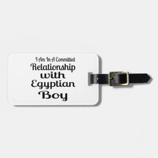 Étiquette À Bagage Rapport avec le garçon égyptien