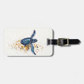 Étiquette À Bagage Tortue de mer de bébé émergeant du sable