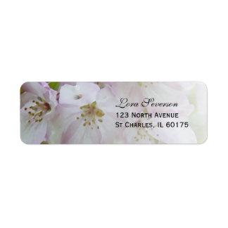Étiquette Adresse de retour de fleurs roses et blanches de
