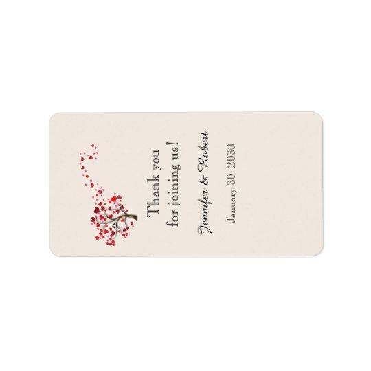 Étiquette Arbre rouge de coeur sur l'étiquette en ivoire de