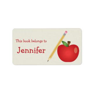 Étiquette Bande dessinée rouge Apple et nom jaune de crayon