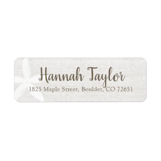Étiquette de adresse de retour floral en bois