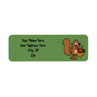 Étiquette Écureuil de bande dessinée avec l'écrou