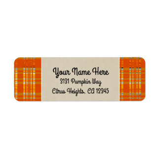 Étiquette Initiale rustique orange de monogramme de plaid et