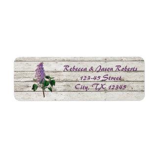 Étiquette mariage lilas pourpre en bois de grange blanchi