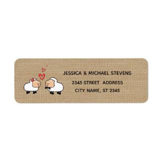 Étiquette Moutons drôles mignons adorables de bande dessinée