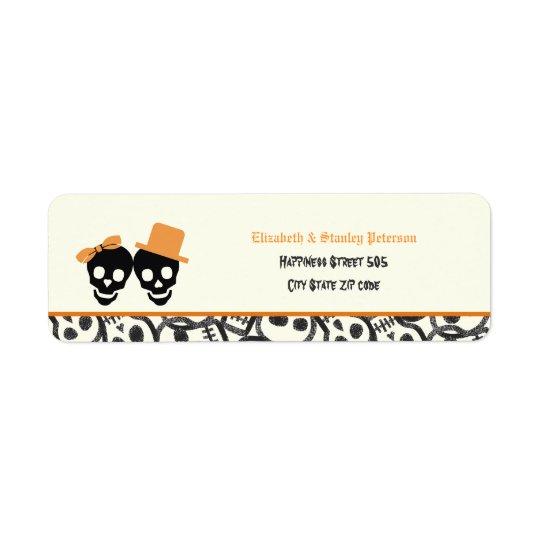 Étiquette orange de mariage de Halloween de crânes